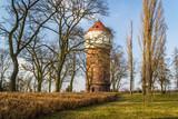 Wieża ciśnień jako element zabytkowy w mieście Inowrocław, Polska - 192193030