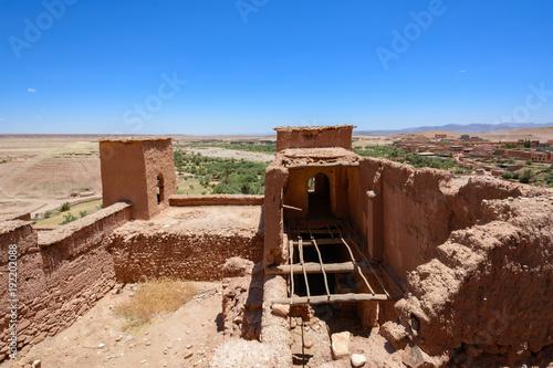 Fotobehang Diepbruine Ajt Bin Haddu, Maroko