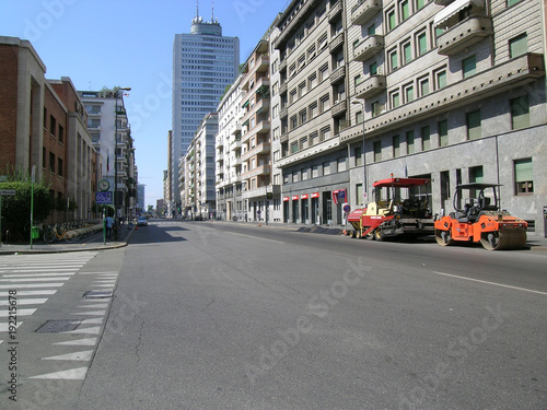 Fotobehang Milan Empty street in Milan city center, viale Tunisia, 2011.