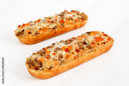 Papiers peints Pizzeria Pizzabaguette mit Pilzen