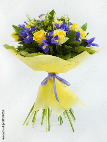 Aluminium Iris Bouquet of Flowers