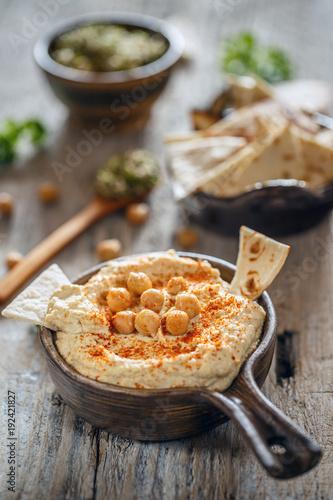 Poster Creamy homemade hummus