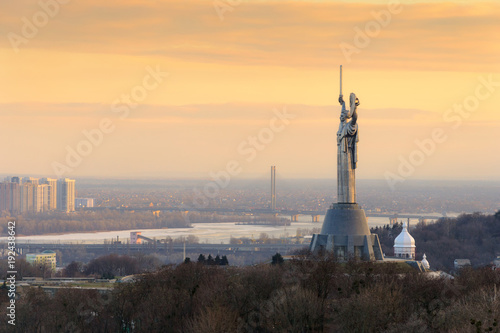Canvas Kiev Kiev city skyline with the Motherland Monument in soft sunset light, Ukraine