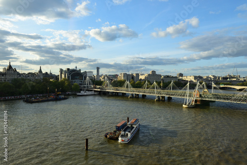Papiers peints Londres albertbrücke über themse in london