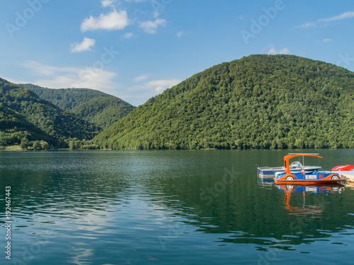 Papiers peints Kaki Enormous beautiful lake on river pliva near Jajce