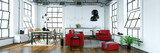 Loft mit Wohnküche und Sofa und Essbereich - 192625004