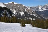 Piste de ski à Lenk dans l'Oberland bernois en Suisse - 192634295