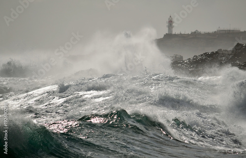 Aluminium Donkergrijs Strong waves and lighthouse in background, La Garita, coast of Gran canaria