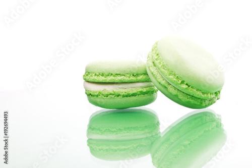 Foto op Aluminium Macarons Green sweet macaroons cookies