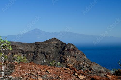 Tuinposter Diepbruine La Gomera: hike from Playa de Santiago to San Sebastian