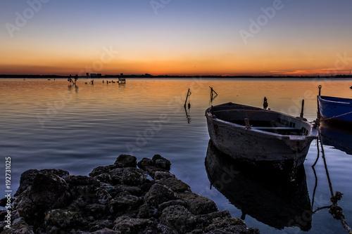 Foto op Aluminium Zee zonsondergang Sunset on the sea