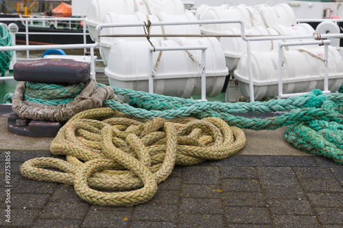 Keuken foto achterwand Schip Shipping rope at quay of Cuxhaven, German city at the Northsea