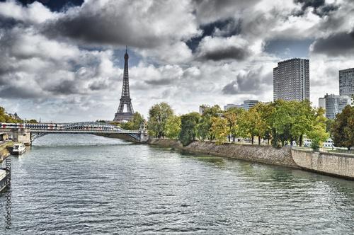 Fotobehang Eiffeltoren Eiffel Tower and Seine River.