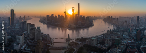 Plakat Panoramic Aerial View of Shanghai Skyline at Sunrise. Lujiazui Financial District. China.