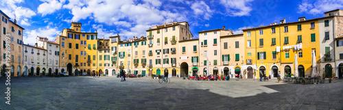 Plexiglas Freesurf Beautiful colorful square - Piazza dell Anfiteatro in Lucca. Tuscany, Italy