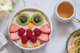 Kids breakfast oatmeal porridge - 192999841