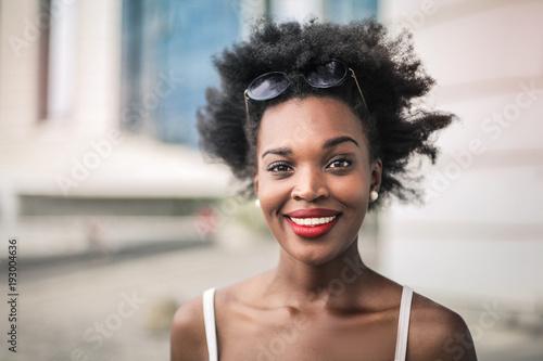 Foto Murales Portrait of smiling woman