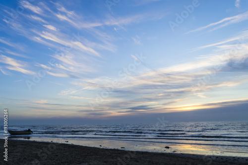 Foto op Aluminium Zee zonsondergang Beautiful colorful sunset over the sea. Netherlands. North Sea.