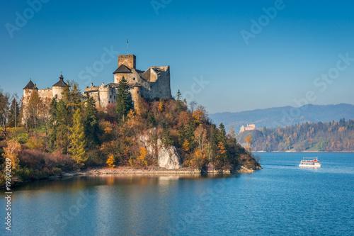 Zdjęcia na płótnie, fototapety na wymiar, obrazy na ścianę : Castle in Nidzica, Czorsztyn Reservoir, Poland