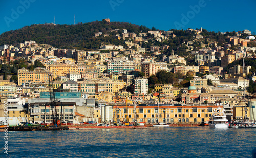 Aluminium Schip Panorama of Genoa and Old Port