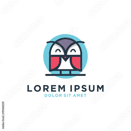 Fotobehang Uilen cartoon Owl Vector Logo Template