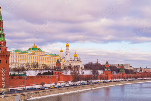 Foto op Canvas Moskou Sunset over the Moscow Kremlin and river in Russia