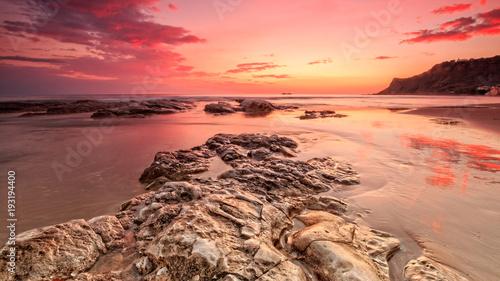 Foto op Aluminium Zee zonsondergang Amazing sunset over sea in Sicily