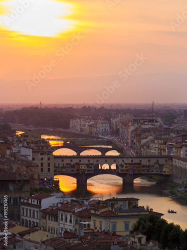 Aluminium Florence Panorama, aerial view, River Arno and Ponte Vecchio (Old Bridge), during the sunset, Florence, Tuscany, Italy.