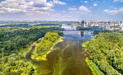 Aluminium Kiev Aerial view of the Dnieper river in Kyiv, Ukraine