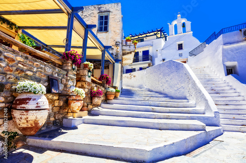 Aluminium Freesurf Traditional Greece - charming floral streets with tavernas, Naxos island, Cyclades