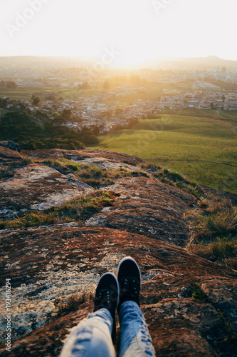 Poster Foot in a hill