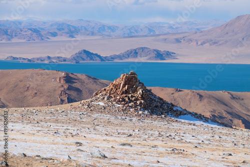 Papiers peints Bleu ciel Lake Tolbo-Nur