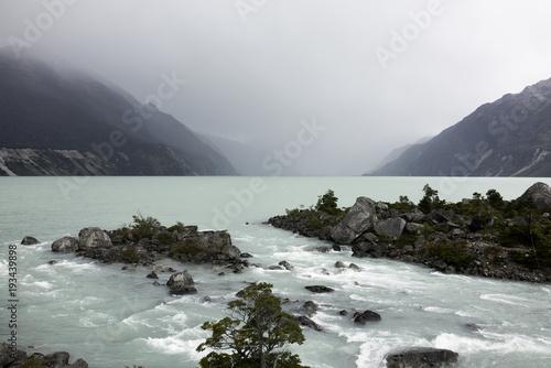Fotobehang Bergrivier River in Patagonia