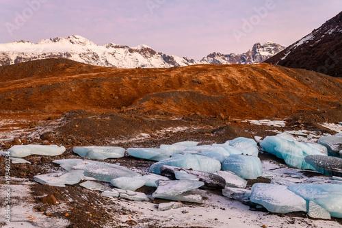 Fotobehang Purper frozen landscape at vatnajokull glacier, Iceland
