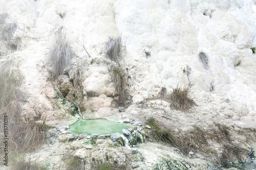 Deurstickers Toscane Limestone formation