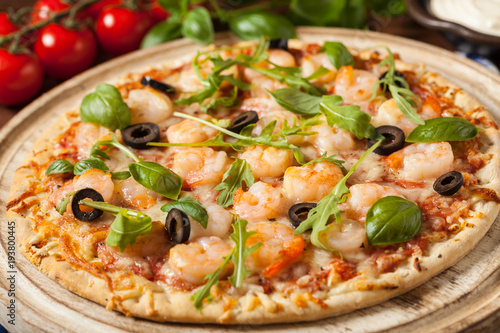 Pizza with shrimps.