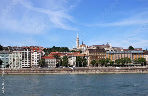 Aluminium Boedapest Fishermans towers and old buildings Budapest Hungary