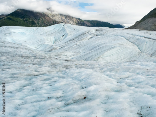 Plakat Sweptin ice sheet of Root Glacier
