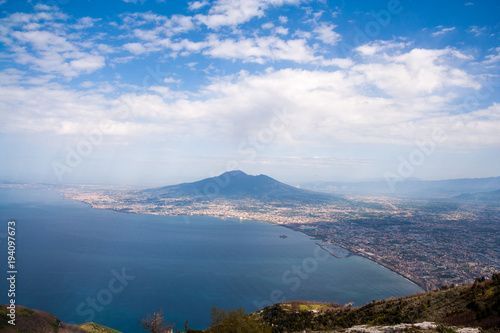 Foto op Canvas Napels Vesuvius and Naples seen from the Lattari Mountains