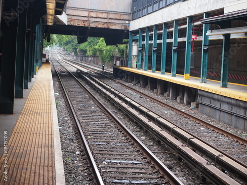 Fotobehang Spoorlijn binari a new york
