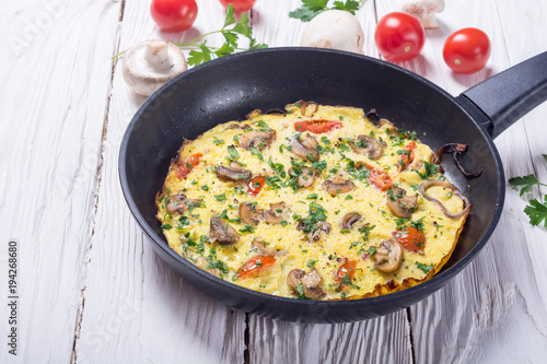 Omelette with mushroom - 194268680