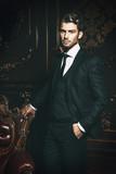 well dressed man - 194294424