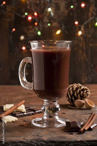 Fotobehang Chocolade Hot chocolate and chocolate pieces