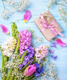 Pastel colored flower and a gift box - 194326095