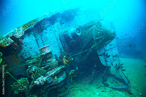 Fotobehang Turkoois shipwreck, diving on a sunken ship, underwater landscape