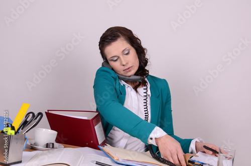 Foto Murales junge Frau im Büro
