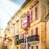 La Valette, et ses bow windows, Malte - 194557241