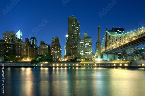 Foto op Aluminium New York Queensboro Bridge over the East River and Sutton Place, Manhattan, New York City, NY, USA