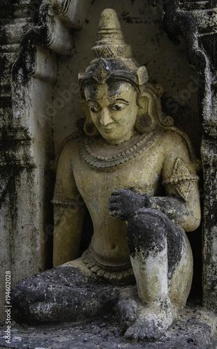 In de dag Boeddha Myanmar Buda