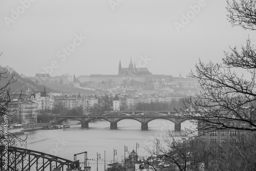 In de dag Praag The view on Prague with castle